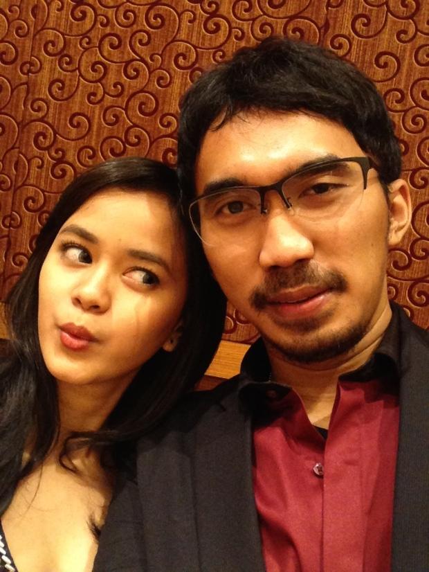 pasangan romantis di indonesia