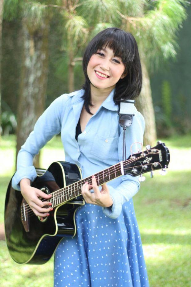 gitaris wanita terbaik di indonesia