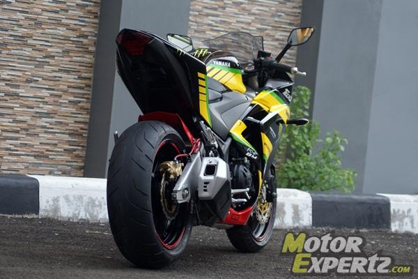 yamaha r25 hitam modif